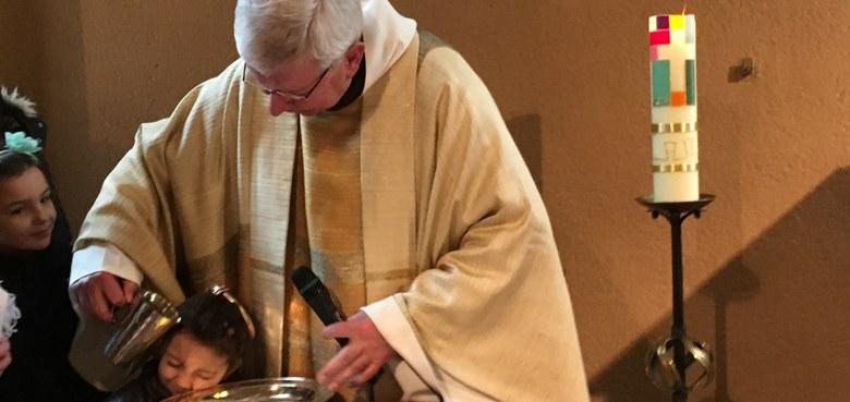 Taufe - Versöhnung - Eucharistie - Tauferneuerung in der Pfarre Hl. Kreuz