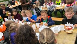 Vorschaubild Maiandacht für die Erstkommunionkinder und Minis