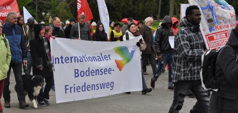 Bodenseefriedensweg 2018 (Ostermarsch) in Bregenz