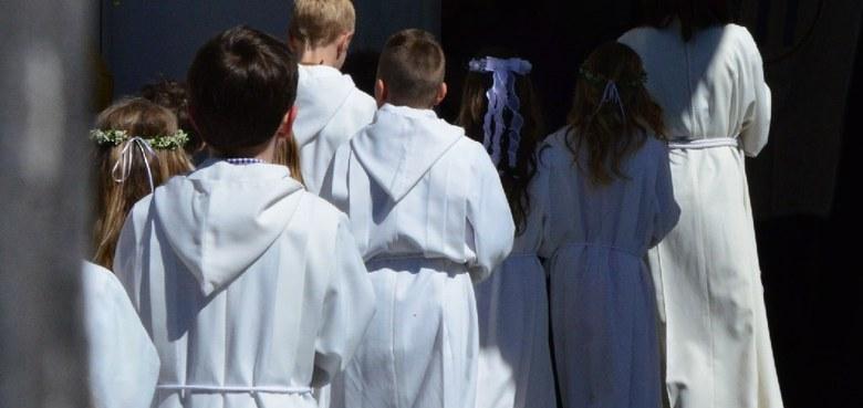Eucharistiefeier mit Feier der Erstkommunion