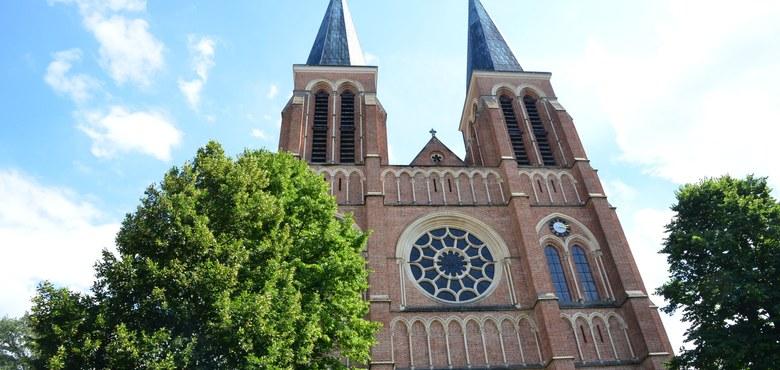 Die Pfarrkirche Herz Jesu