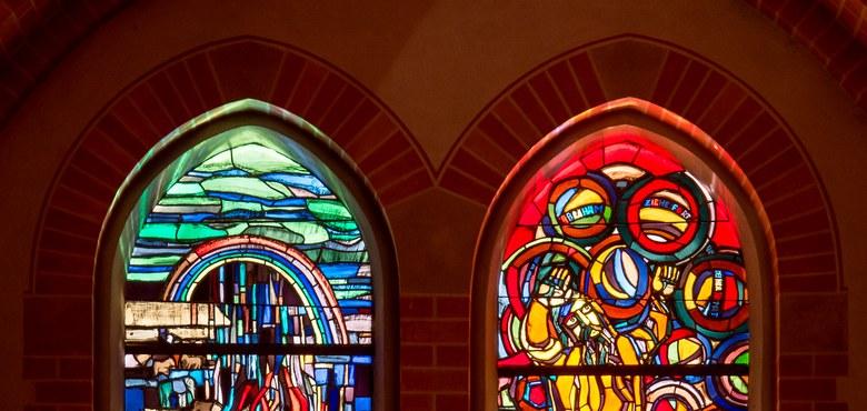 """Die """"Häusle""""- Fenster, Neues Testament - Kirchenführung"""