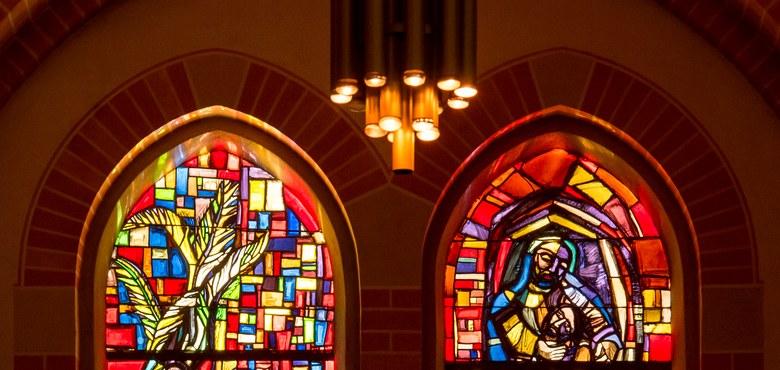 Das Vorkloster und Clemens Holzmeister und die Kirchenmadonna - Kirchenführung