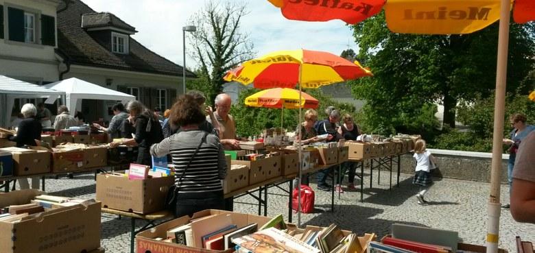 Großer Bücherflohmarkt der öffentlichen Pfarrbücherei St. Gallus