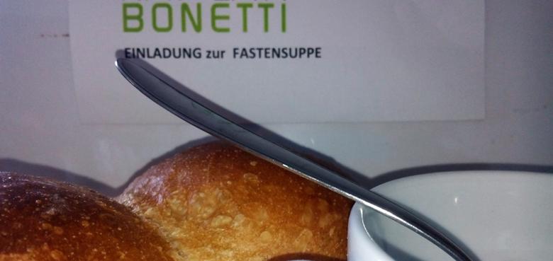 Fastensuppe im Kaplan Bonetti-Haus
