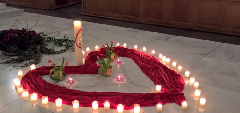 Valentin 2019: Abendmesse mit Segen für alle, deren Liebe schon gestorben ist