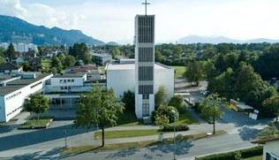 Vorschaubild Bilder von der Kirche