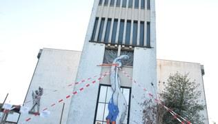 Vorschaubild Gott wird Mensch und ein Storch am Kirchturm
