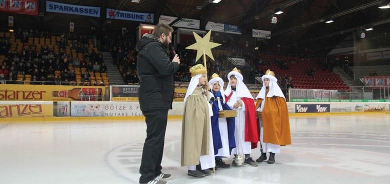 Große Bühne für die Heiligen Drei