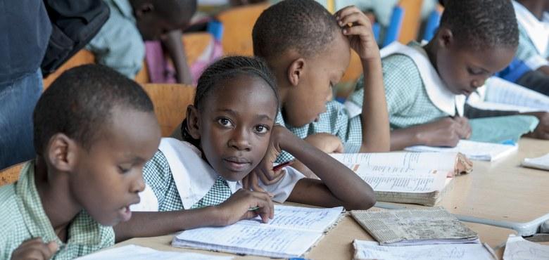 Schule statt Kinderarbeit