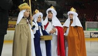 Vorschaubild Große Bühne für die Heiligen Drei