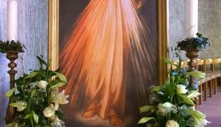 Vorschaubild Die Erlöserkirche am Barmherzigkeitssonntag