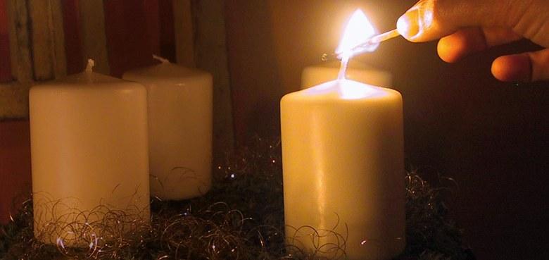 """Wir sagen euch an den lieben Advent"""