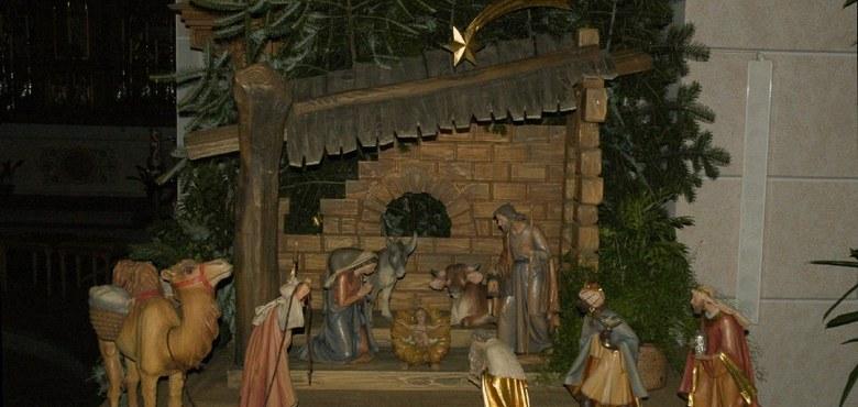 """""""In jede moderne katholische Familie mit Kindern gehört zum Weihnachtsfest eine Krippe"""""""