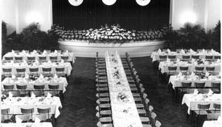 Vorschaubild Festliches Mittagessen in der Stella Matutina