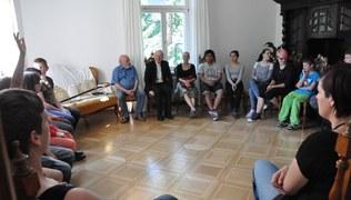 Vorschaubild SchülerInnen der Landesschule Jupident besuchen Bischof Benno