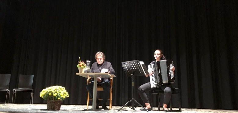 Forum Eschelbach lud zur Dichterlesung