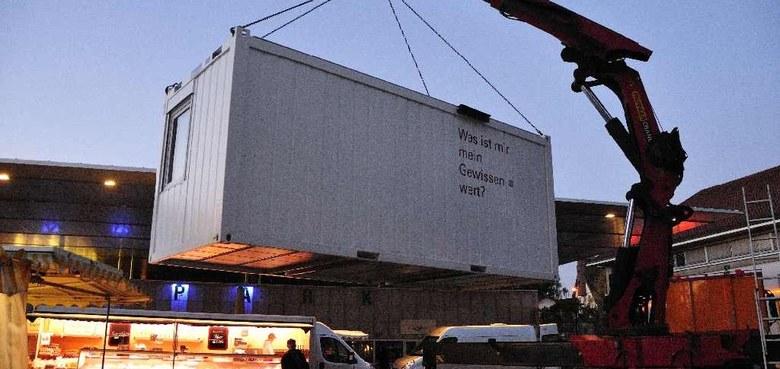 Mit dem Lampert Container durch's Land.