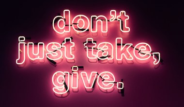 Tesaserbild für den Artikel Geben macht glücklich!
