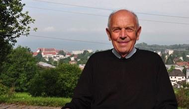 Teaserbild für den Artikel Pfarrer i. R. Bruno Schneider verstorben