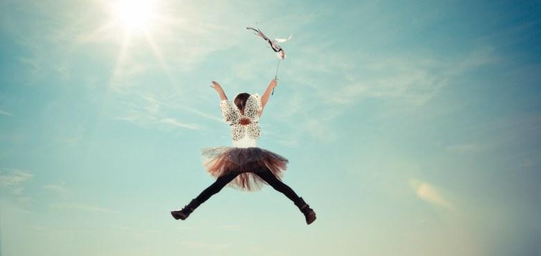Gib den kleinen Kindern Wurzeln, den großen aber gib Flügel