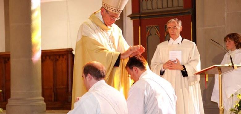 Bischof Elmar weihte zwei Diakone zu Priestern