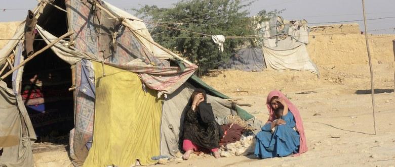 Tesaserbild für den Artikel Im Flüchtlingslager