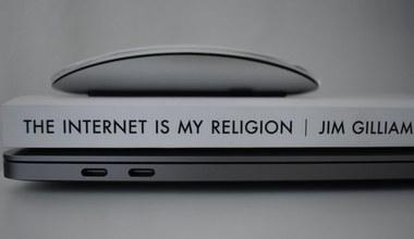 Tesaserbild für den Artikel Der Vatikan und dieses Internet