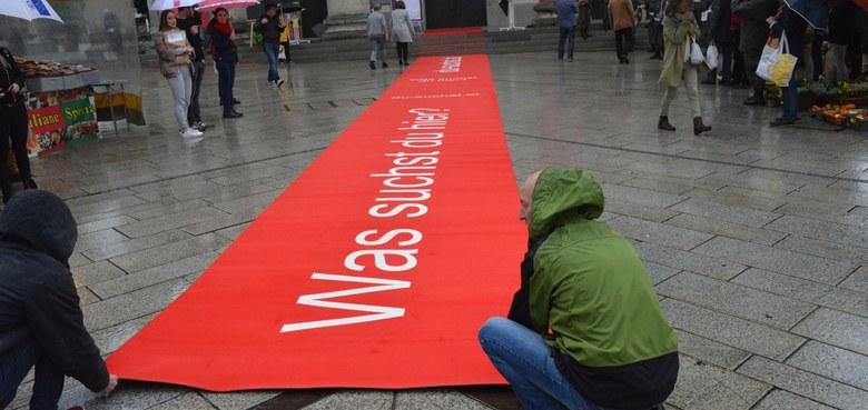 Wir rollen den roten Teppich aus!