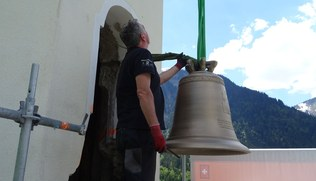 Vorschaubild Montage der neuen Glocken in Schoppernau