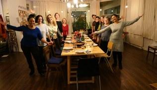 Vorschaubild Solidarisch-Kulinarisch: Essen und Tanzen mit Durba Ghose
