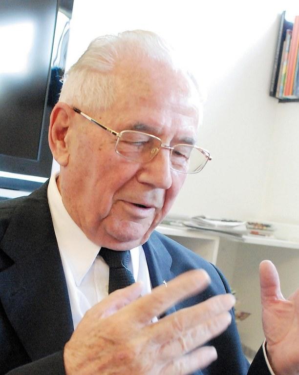 Pfr.i.R.Adolf Huber