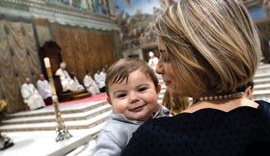 Tesaserbild für den Artikel Geschenkte Taufe