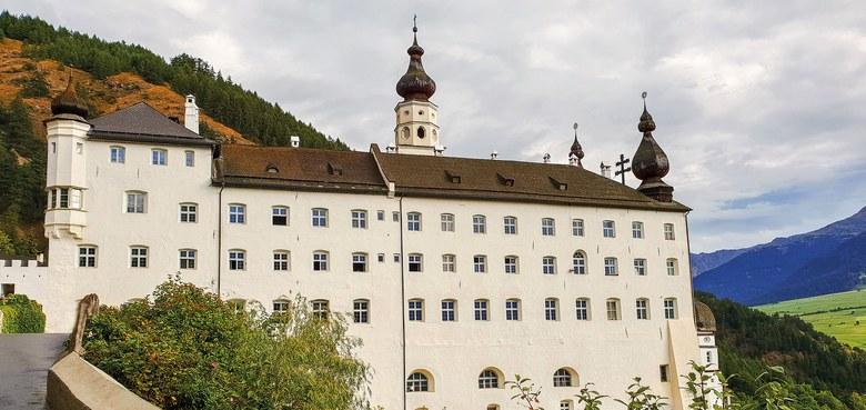 Tagesfahrt: Kloster Marienberg - Glurns mit Diözesanarchivar Michael Fliri