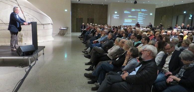 Bericht: Der NS-Verfolgungsapparat - Vortragsabend mit Meinrad Pichler