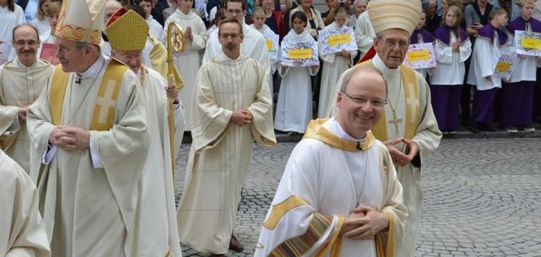 Die Bischofsweihe in Feldkirch hat begonnen