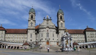 Maulaff, Kloster Einsiedeln Schweiz 2011, CC BY-SA 3.0