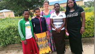 Vorschaubild Osterlichter für die Schulbildung in Tansania