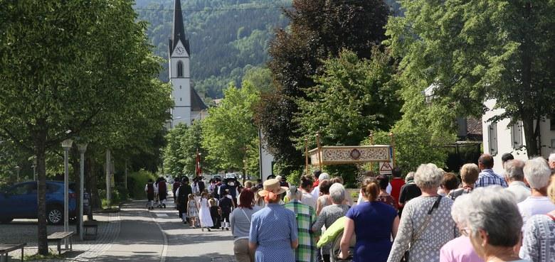 Fronleichnamsmesse mit Prozession