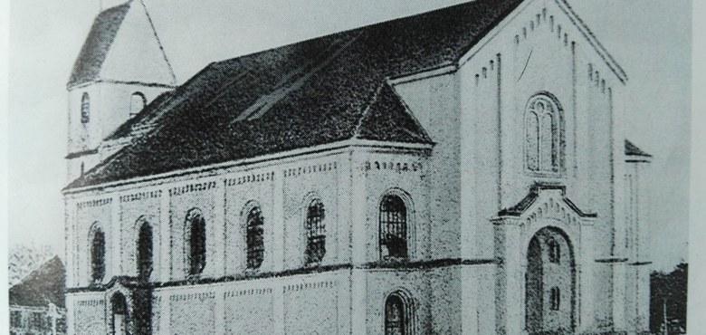 Die Jahre nach der Pfarrerhebung - Bau einer Pfarrkirche