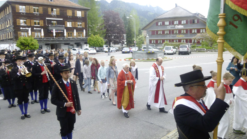 mit Pfarrer Eugen Giselbrecht