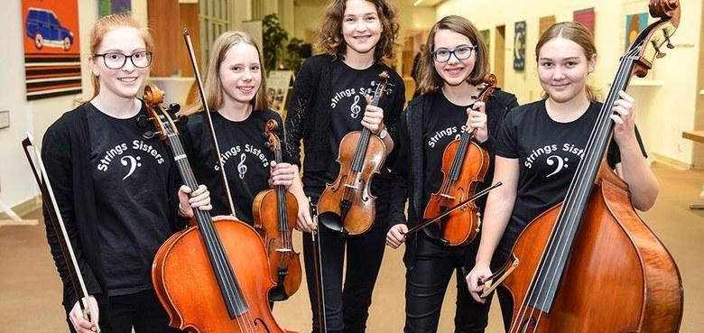 Dankgottesdienst Erstkommunionkinder, Musikalische Gestaltung: String sisters