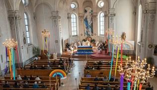 Vorschaubild Im Regenbogen mit Gott verbunden EK 2021