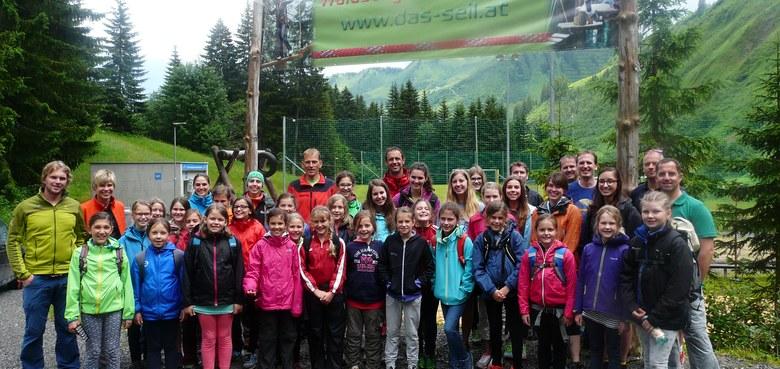 Ausflug des Mädchenchors in den Waldseilgarten 2015
