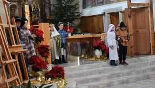 Vorschaubild Krippenspiel in der Pfarrkirche