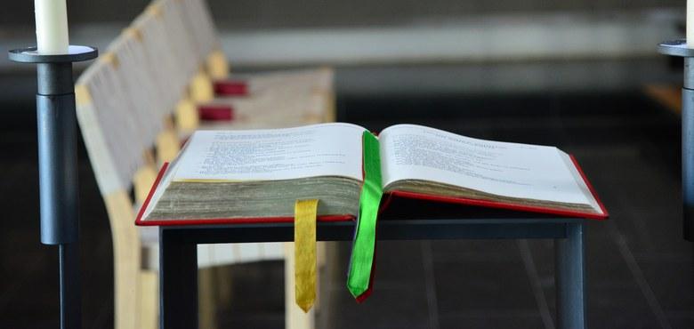 """""""Jahre der Bibel"""" mit neuem Angebotshandbuch"""