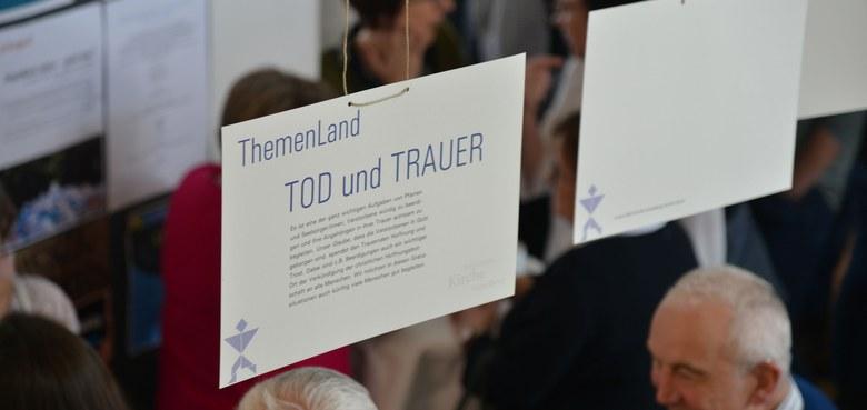 """Unterlagen zum Studientag """"Auf Leben und Tod"""""""