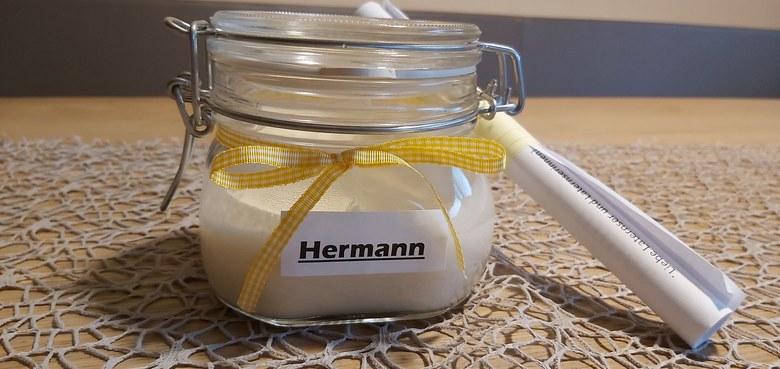 Hermann, der Laternser will bei dir einziehen