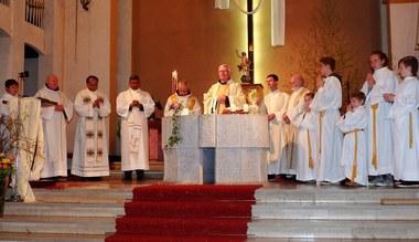 Teaserbild für den Artikel Großes Fest zum 60. Geburtstag von Pfarrer P. Adrian