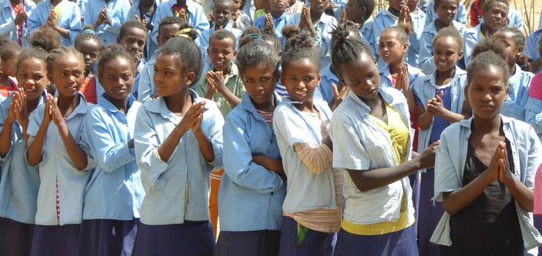 Schule in Meja Lalu: Klassen 7 und 8 eröffnet!